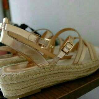 Bershka sepatu sandal