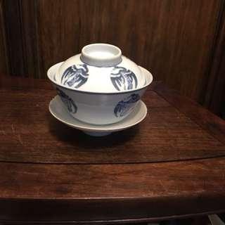 民國青花團鶴茶盅一套三件