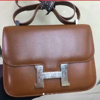 正品 95%新 Hermes Constance 24 拖肥色特別款扣上膊袋