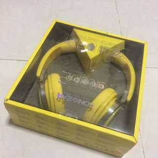 Sonicgear studio 2 headphones