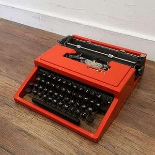 Rare Olivetti Dora Typewriter in Red