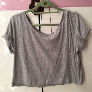 H&M gray cropped top