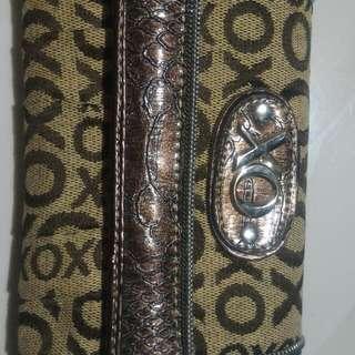 Trifold Xoxo wallet 💓