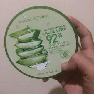Aloe vera smoothing gel