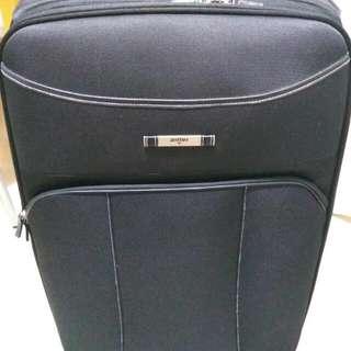 🎆[速銷價] 90%新 Antler行李箱