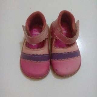 Sepatu Anak Cewe Bunny Free