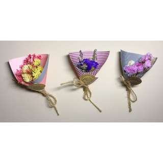 Magnetic Mini Dried Flower Bouquet