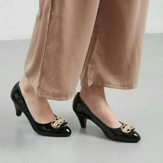 Navira Pump Shoes Black