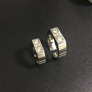 Stainless steel ring with cubic zirconia 蘇聯石型格鋼介指
