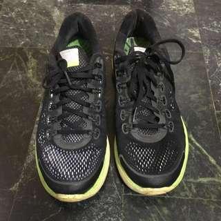 Nike Lunarglide 4 慢跑鞋