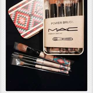 MAC limited edition brushes