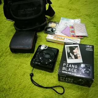 FujiFilm Instax Mini 50s (Piano Black)