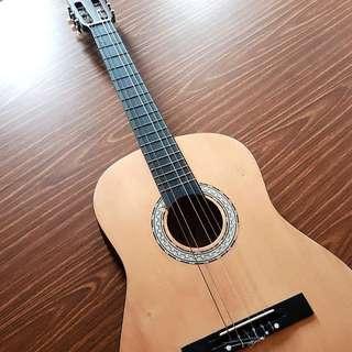 [SALE] Classical Guitar (Broken String)