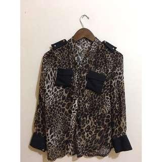 Animal print shirt (chiffon)