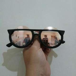 Kacamata Hongkong