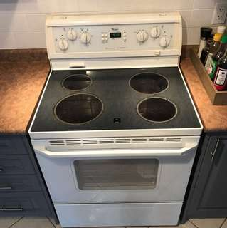 Whirlpool self-cleaning oven stove