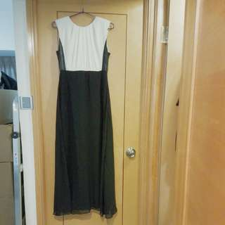 New Ivory and black 出口剪牌 dress/ cocktail dress/ evening gown size S