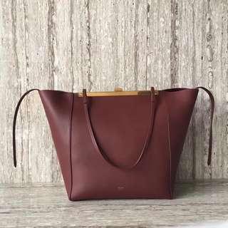 賽琳 90056 現貨 Celine夾子購物袋️色尺寸:袋口45cm 26-17-30