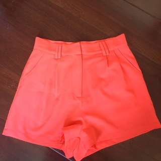 Paint it Red shorts XS