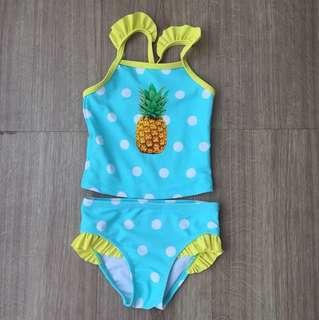 Baju berenang pineapple .Atas bawah. Usia 18-24 tergantung badan anak.