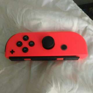 Red Joy con (right)