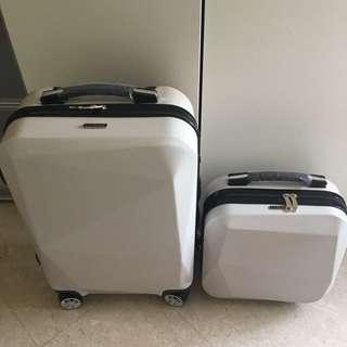 LANEIGE (Luggage ➕Box) size 20 & 14 inch