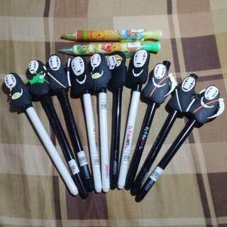 黑色墨水筆及鉛芯筆 Black Ink Pens or Lead Pens