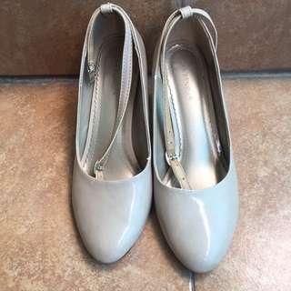 Sepatu heels wanita, higheels lawrensia