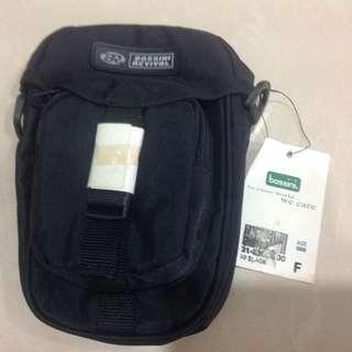 BNWT Bossini camera bag
