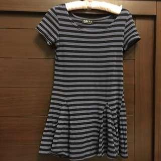 🚚 棉料短袖洋裝