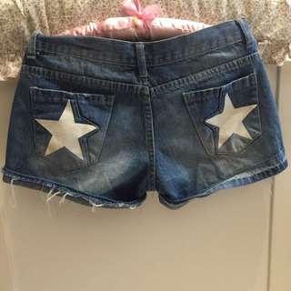🚚 星星仿舊牛仔短褲