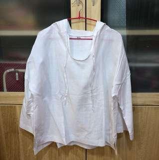 全新✨白色連帽襯衫
