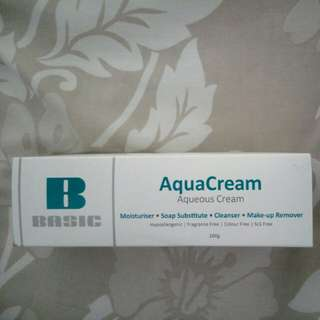 BNIB aquacream moisturizer
