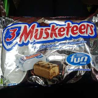 Snickers, Musketeers, crunch, FUNSIZE