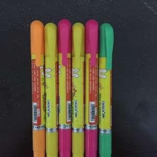 cute crayon highlighters!