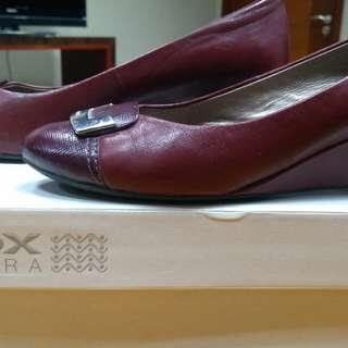 Sepatu Kantor wanita - Geox Respira
