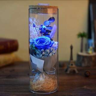 Preserved Roses in Glass with Remote Control LED Lights