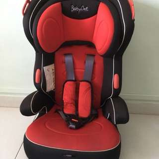 Car seat with detachable booster seat