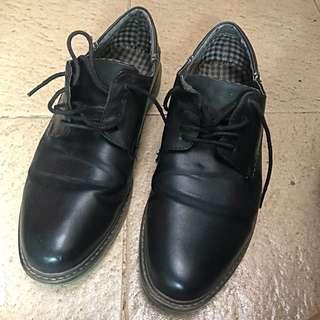 Man Bata Work Shoes