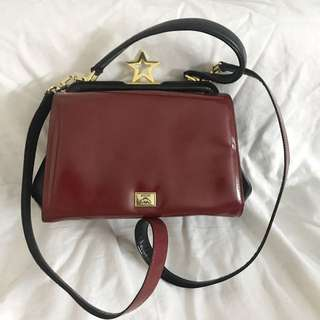 Authentic moschino Bag, 80%new, good conditions as pic size 22*14*10cm