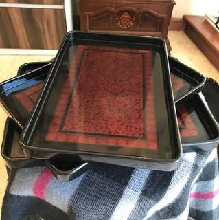 Lacquered tray from Vietnam - set of 3