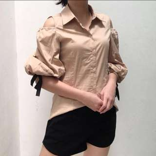 IMPORT KOREA cut off shoulder shirt