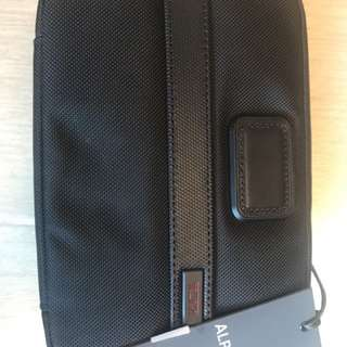 AUTHENTIC TUMI TRAVEL TOILETRY BAG CASE ACCESSORY RRP990HKD