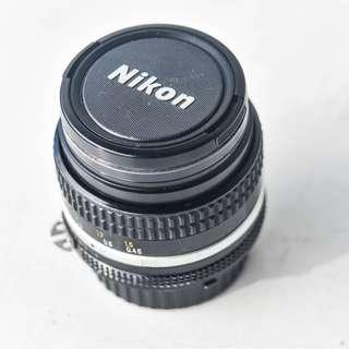 Nikon Nikkor 50mm f1.4 AIs Lens (fully manual, no auto-focus)