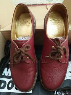 dr martens 1461 limited edition