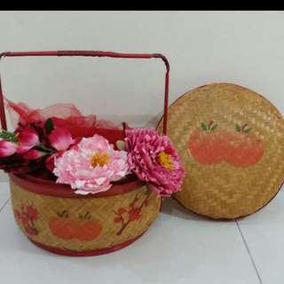Cny Hamper Basket With Flowers