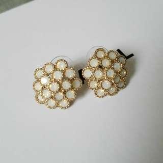 復古 vintage white earrings