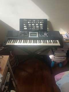 Casio Medeli Electronic piano