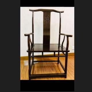 九成八新雞翅木實木椅