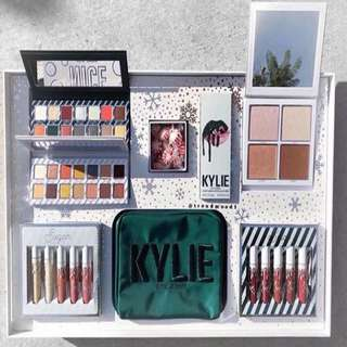 Kylie Christmas Makeup Set